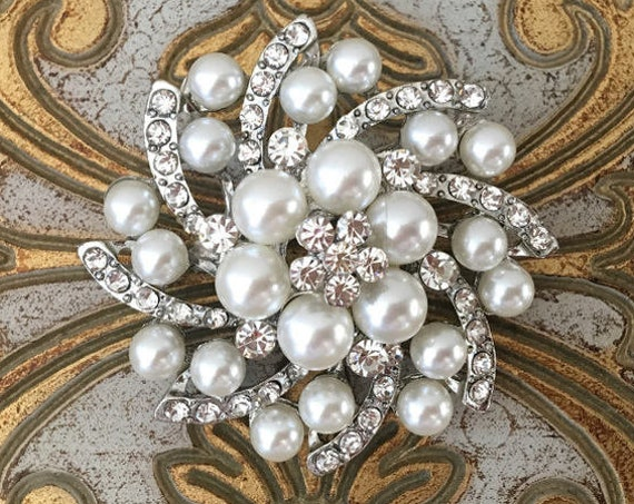 Starburst Pearl & Rhinestone Brooch Pin