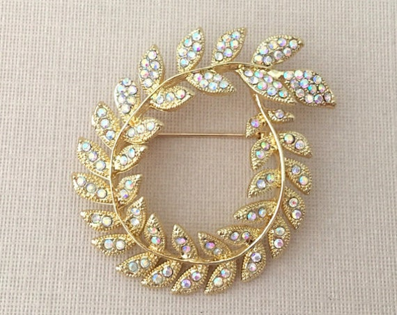 Gold Laurel Leaf Brooch Pin