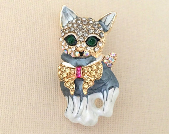 Gray Cat Rhinestone Brooch Pin