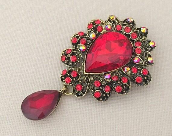 Red & Antique Gold Rhinestone Brooch Pin