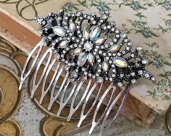 Aurora Borealis Hair Comb.Vintage Style Hair Comb.Crystal Bridal headpiece.Art Neuvo hair accessory.Rhinestone wedding hair piece.Iridescent