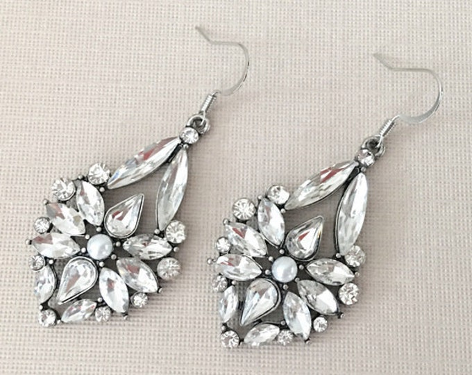 Vintage Style Rhinestone Earrings