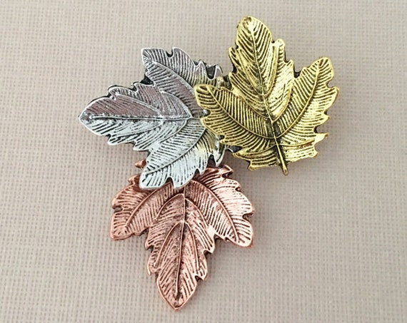 Autumn Leaves Brooch.Falling Leaves Brooch.Leaf Brooch.Leaf pin.Autumn Leaf Brooch.Fall Leaf Brooch.Maple Leaf Brooch.Sycamore Leaf Brooch