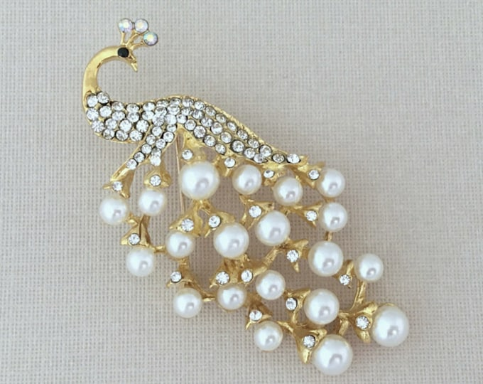 Gold & Pearl Peacock Brooch Pin