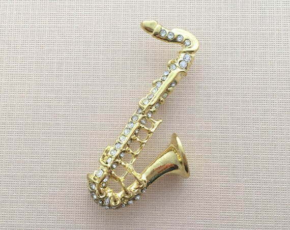 Saxophone Brooch.Gold Saxophone Brooch.Music brooch.Saxophone Crystal Brooch.Saxophone Pin.Saxophone Broach.Rhinestone Saxophone