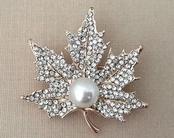 Rose Gold Maple Leaf Pin (Brooch)