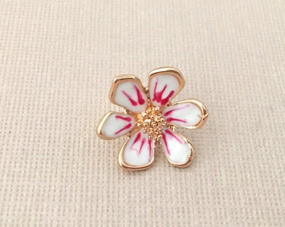 Pink Flower Lapel Pin.White Flower Lapel Pin.Gold Flower Lapel Pin.Small Flower Pin.Small Pink Flower Pin.Groom Pin.Groomsmen Lapel Pin.Tiny