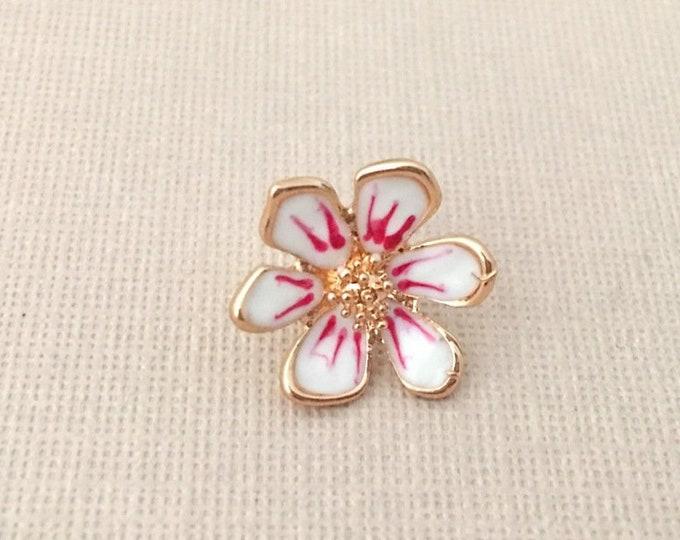 Pink Flower Lapel Pin.White Flower Lapel Pin.Gold Flower Lapel Pin.Small Flower Pin.Small Pink Flower Pin.Groom Pin.Groomsmen Lapel Pin.Tiny