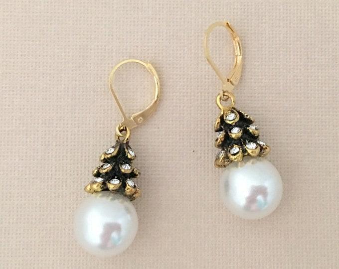 Pearl, Rhinestone & Gold Dangle Earrings