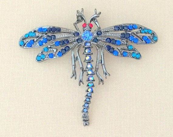 Blue Dragonfly Pin.Blue Dragonfly Brooch.Dragonfly Rhinestone Brooch.Dragonfly Broach.Vintage Style.sapphire blue.bridal brooch pin