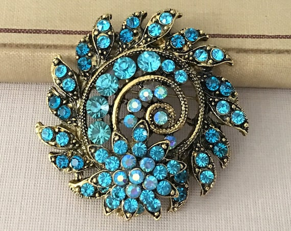 Antique Gold & Turquoise Rhinestone Brooch Pin. Bohemian Style