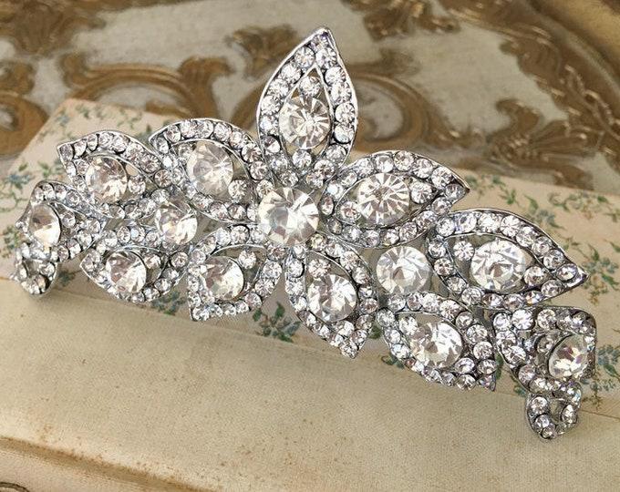 Vintage Style Rhinestone Headpiece.Rhinestone Flower Hair Piece.Rhinestone Bridal Headpiece.Rhinestone Flower Tiara.Crystal Flower Hair Comb