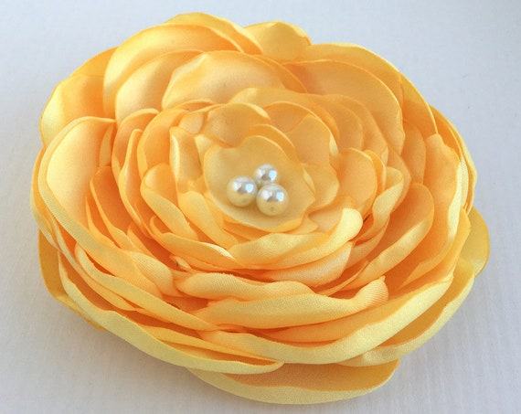 Lemon Yellow Flower Hair Clip or Brooch Pin. Choose your size and button/bead finish.