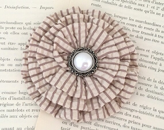 Tan Seerucker Flower Hair Clip and/or Brooch Pin. Choose your button/bead finish.