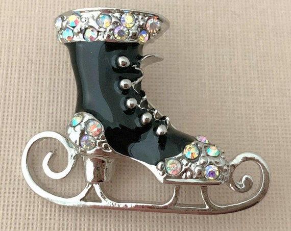 Black Ice Skate Brooch Pin