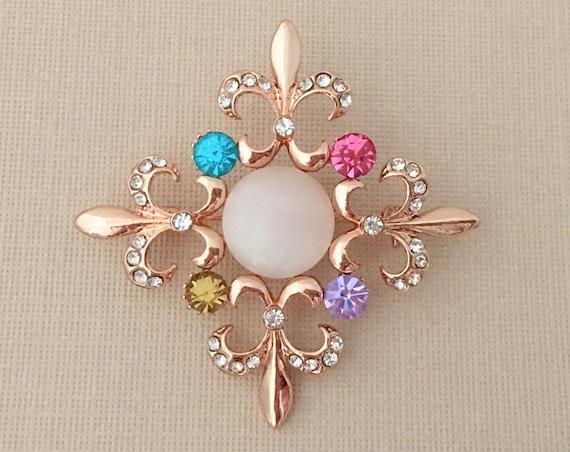 ROSE GOLD Fleur de Lis Pin.Rose Gold Fleur de Lis Brooch.Fleur de Lis Crystal Brooch.Fleur de Lis Rhinestone Pin.Pink Fleur de Lis Brooch