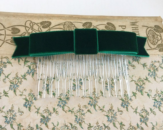 Hunter Green Velvet Classic Bow Hair Comb. Handmade.