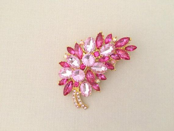 Pink Rhinestone Pin.Pink Rhinestone Brooch.Pink Crystal  1f18e8e55717