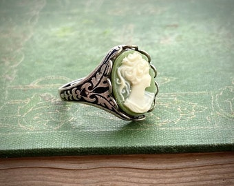 Cameo Ring Green Lady in Antique Silver Adjustable