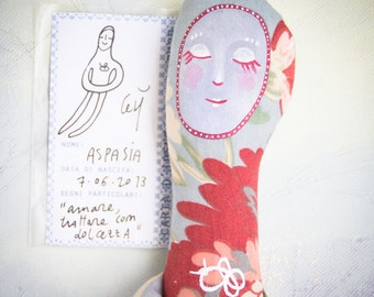 Aspasia Softie, a textile toy for tangled hearts