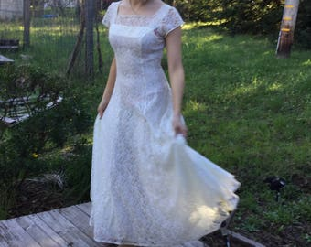 Handmade vintage lace wedding gown, vintage formal, ivory lace vintage gown, Los Angeles in the 1980s, lace handmade dress