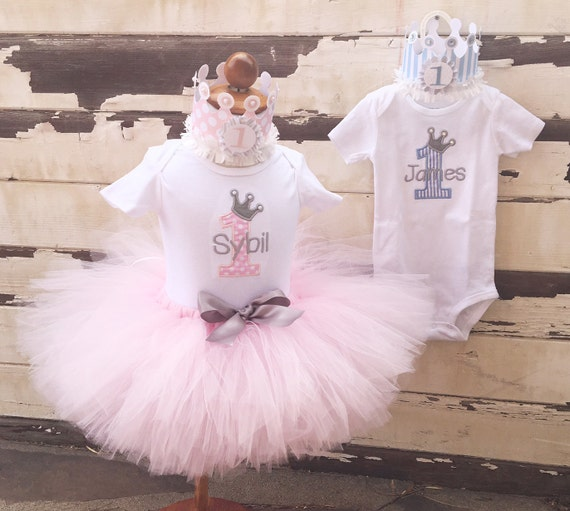 Twin Prince And Princess Cake Smash Set 1st Birthday Boy Girl Twins Pink Blue Grey Tutu Outfit Personalized Bodysuits Crowns