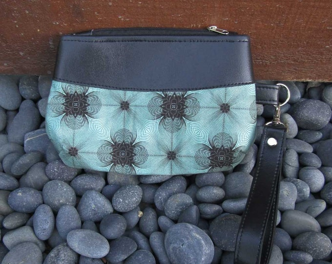Featured listing image: Handmade cute small Clutch wristlet Spirograph
