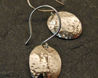 STERLING SILVER Hammered Metal Earrings, Oval Dangly Discs on Sterling Silver Ear Wires - Rustic Silver Artisan Jewelry