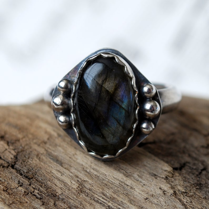 Labradorite in Sterling Silver Size 8.75 Oval Gemstone image 0