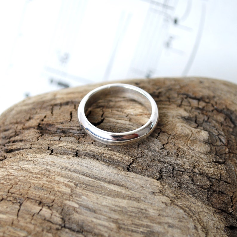 Sterling Silver Half Round Ring size 6.5 image 0