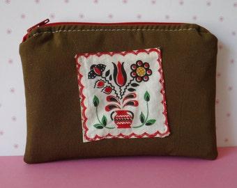 937a70fcdb5 Brown Pouch, Zipper Pouch, Tampon Pouch, Brown Makeup, Zipper Bag, Brown  Bag, Tampon Case, Toiletry Bag, Travel Accessories, Dutch Patch