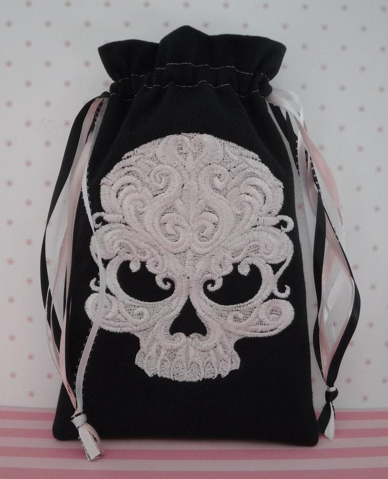 Skull Bag, Drawstring Bag, Tarot Bag, Pink Skull, Black Tarot Cards, Wiccan  Gifts, Embroidered Skull, Runes, Divination Deck, Tarot Deck