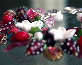 PICKED FROM THE WILD WOOD VINTAGE CHARM BRACELET WILD STRAWBERRY VINES