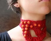 Red crochet necklace - Riesenkaviar