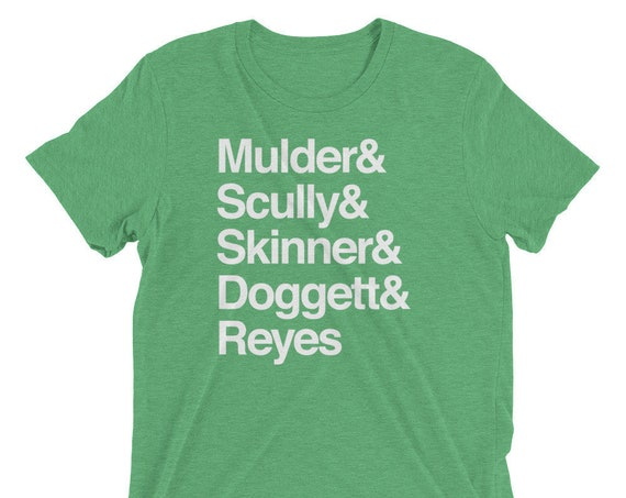 The X-Files in Helvetica - Mulder Scully Skinner Doggett Reyes - Short sleeve t-shirt