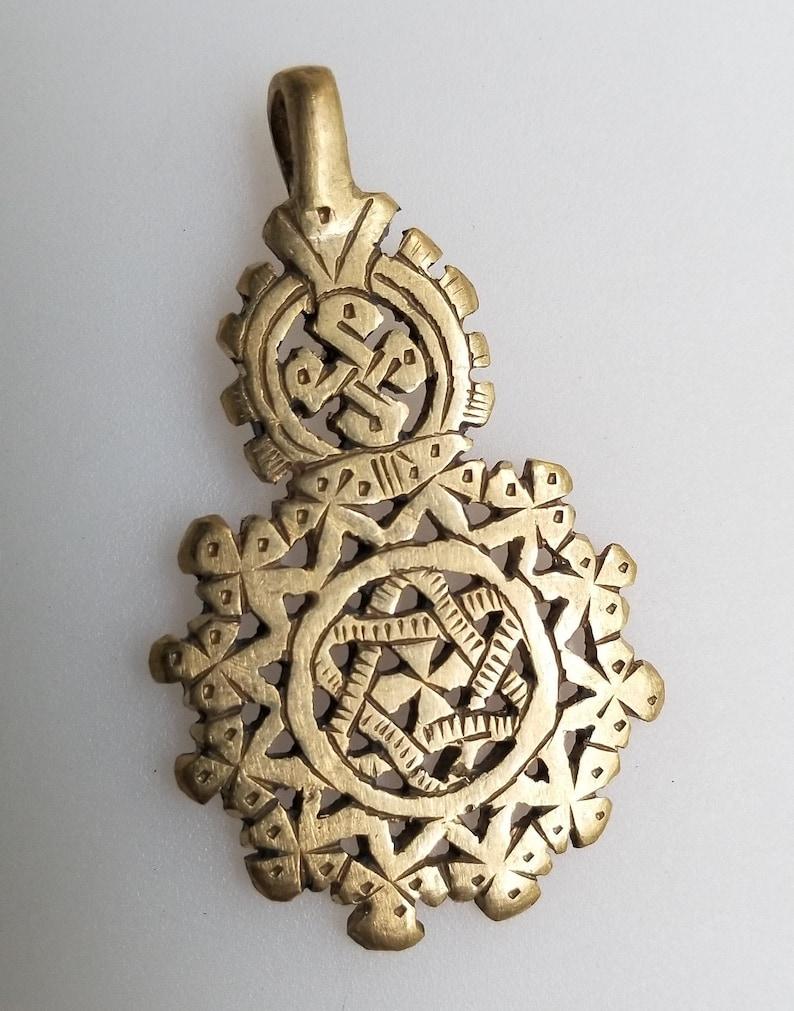 Lightrain Green Eyeball Pendant Necklace Vintage Bronze Chain Statement Necklace Handmade Jewelry Gifts