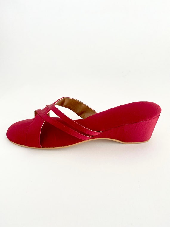 Vintage Red Slippers / Vintage House Slippers / Di