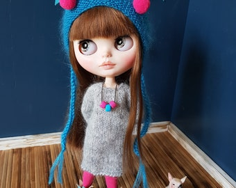Set 4 items: Knitted Blythe dress, leggings, helmet + Blythe necklace GIFT! Mohair Clothes for Blythe doll. Complete outfit