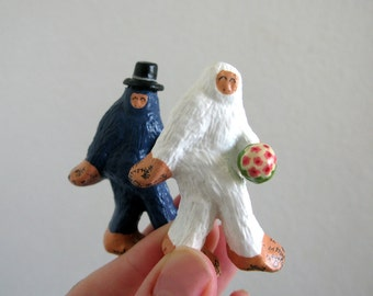 Wedding Cake Toppers - Small Super Fancy Bigfoot and The Abominable Snowman Tie the Knot