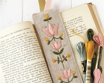 Nanas Bookmark digital PDF sewing and embroidery pattern