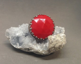 Bright red vintage glass ring, vintage glass ring statement ring art jewelry red ring big ring large ring giant ring glass ring metalsgirl