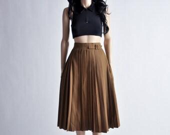 brown pleated high waist full circle skirt / s