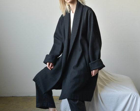 2678o / black pure wool swing coat / black minimal