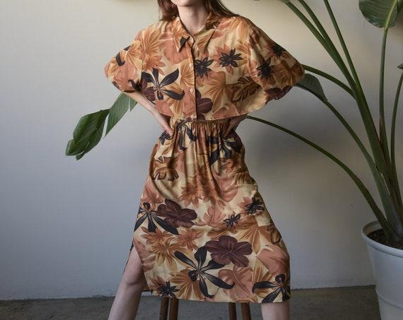 4819t / fauna print crop top skirt set / reconstru