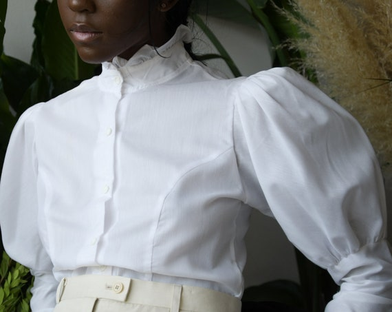 5565t / white cotton mutton sleeve blouse / ruffle