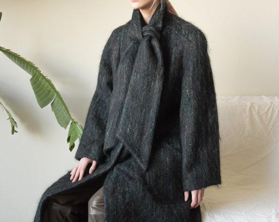 2900o / black striped mohair a line coat / scarf c