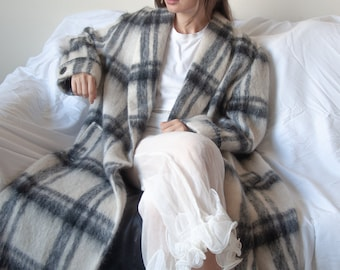 3080o / mohair wool check oversized double breasted coat / m / l