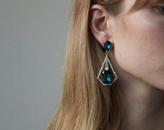 2399a / rhinestone drop earrings / jeweled dangle