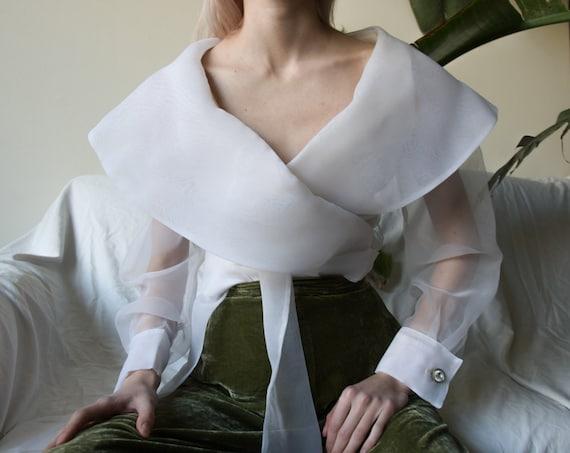 5211t / organza oversized collar wrap jacket blous