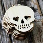 5 . Sugar Skull Wood Tags . Day of the Dead . Halloween Party Favors . Sugar Skull Wedding Favors . Skull Tags . Dia de los Muertos